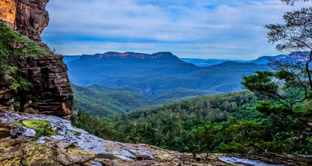 View of Blue Mountains from Katoomba Falls
